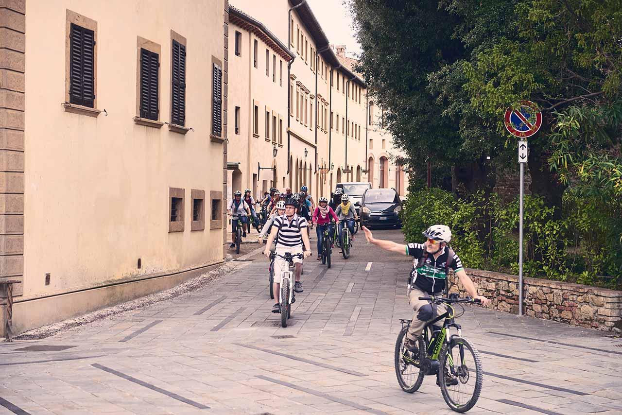 Best tuscany tours ever - Biking Tuscany Tour