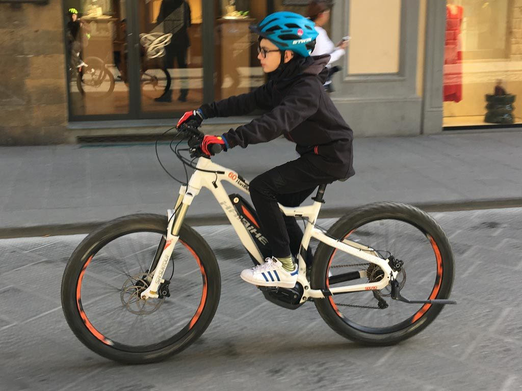 e-bike rental Tuscany - e-bike for kid - Castelfalfi (Montaione)