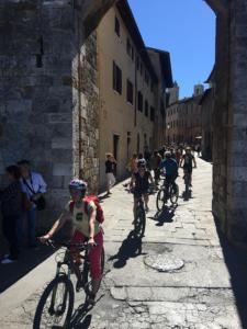 San Gimignano bike tour - Discover the City of Towers